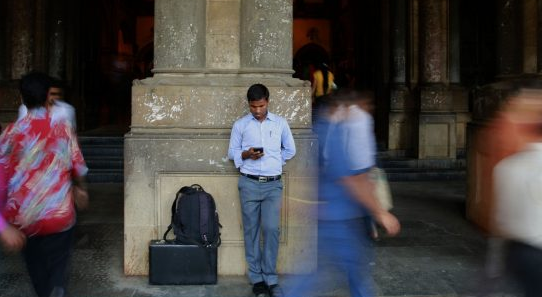 India's Supreme Court strikes down law that led to arrests over Facebook posts