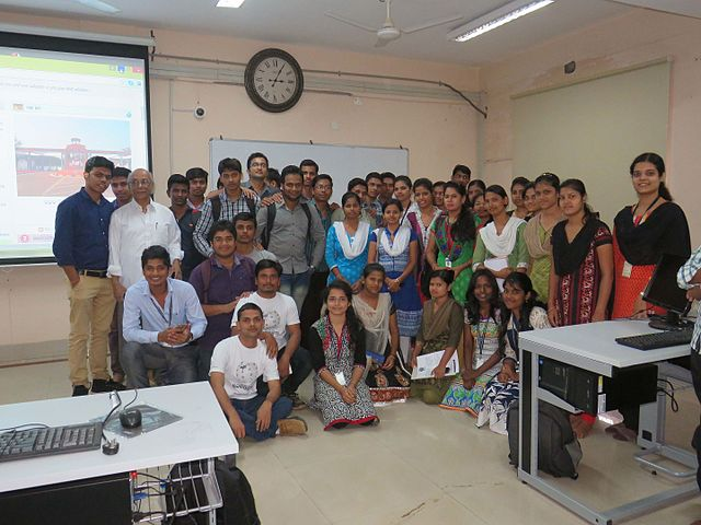 Introducing Odia Wikipedia to students of Utkal University, Bhubaneswar